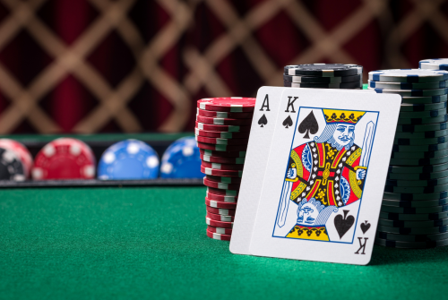 What to Look for When Finding the Best Online Poker Sites To Play At